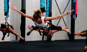 What is Bungee Fitness? Astro Durance, bungee workout, bungeefit, group workout, exercise class
